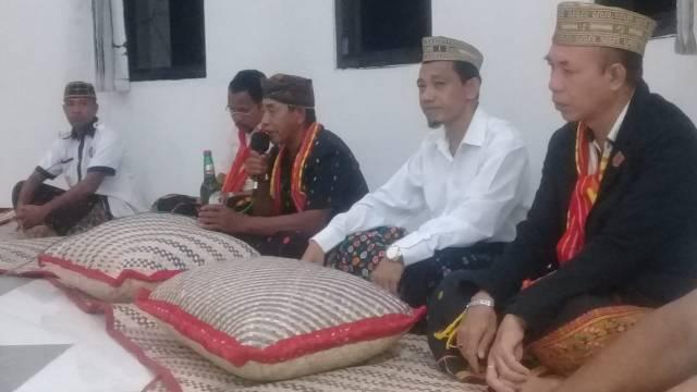 upacara adat Manggarai Timur di Siri Bongkok Bupati Matim