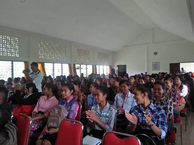 peserta kegiatan KPU Goes to Campus di aula St. Petrus STIPAS Kupang