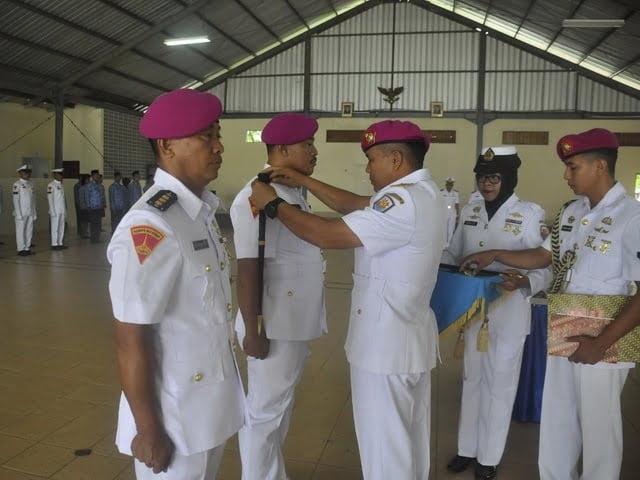 Serah terima Komandan Pangkalan TNI AL Maumere