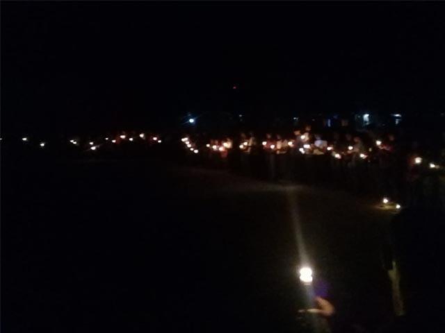 aksi-1000-lilin-pemuda-manggarai-timur