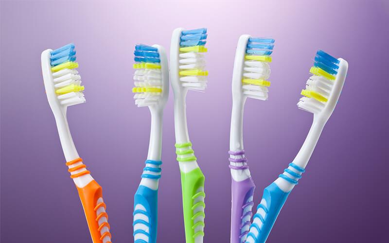 3 dicas para você escolher a escova de dente ideal!