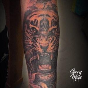 tigre avant bras