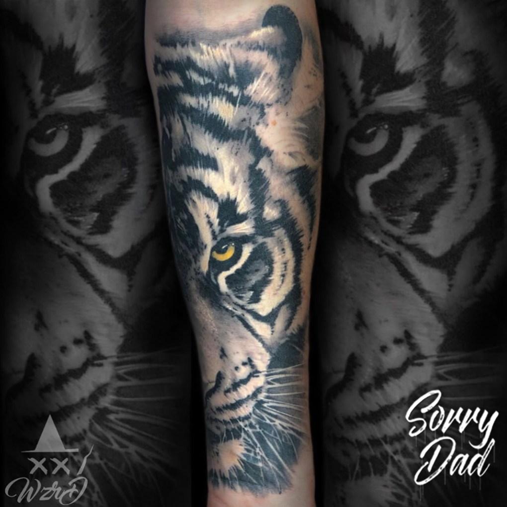 Tatouage réaliste Tigre