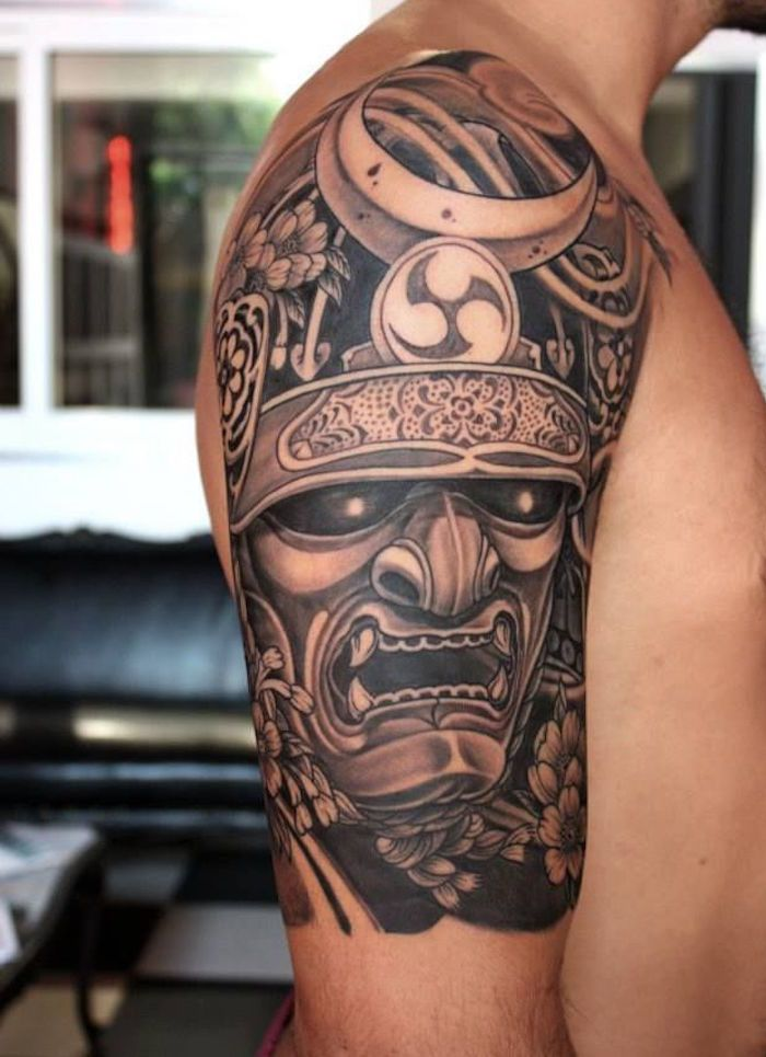 Tatouage tete samourai