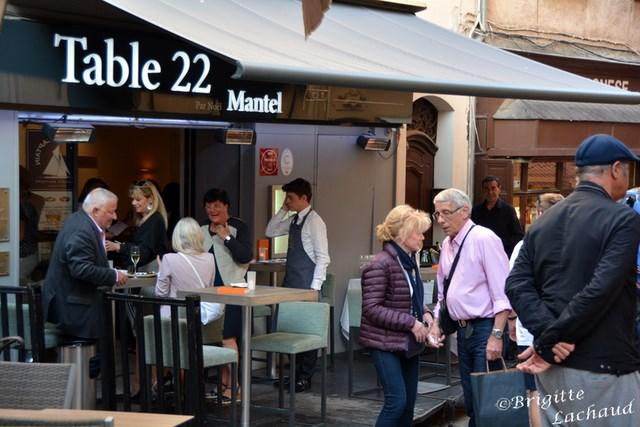 Cannes table 22 mantel le suquet sorties m dia presse for Table 22 cannes