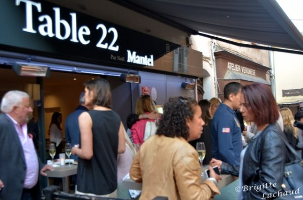 CANNES - TABLE 22 MANTEL - LE SUQUET