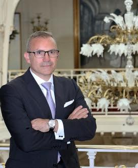 LOUIS STARCK REJOINT L'HÔTEL HERMITAGE MONTE-CARLO
