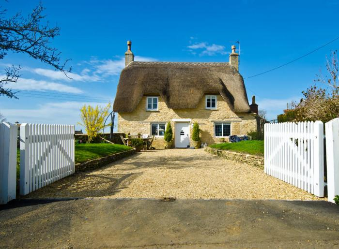 types of houses Historic English cottage