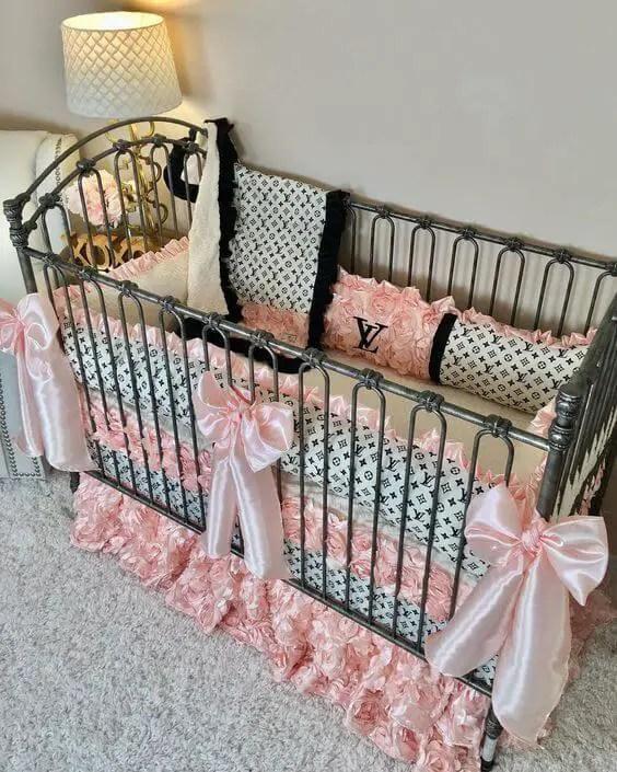 baby girl small nursery ideas