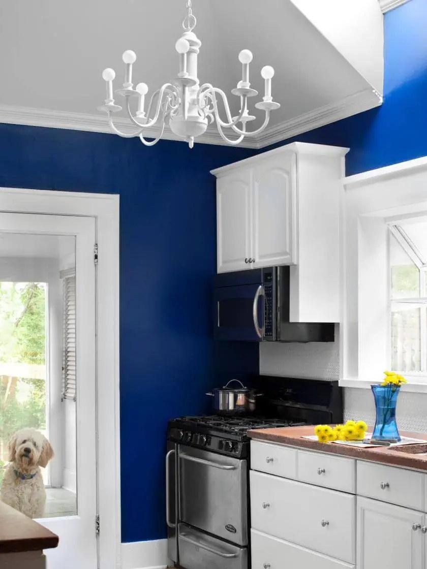 Eye-opening kitchen pantry organization
