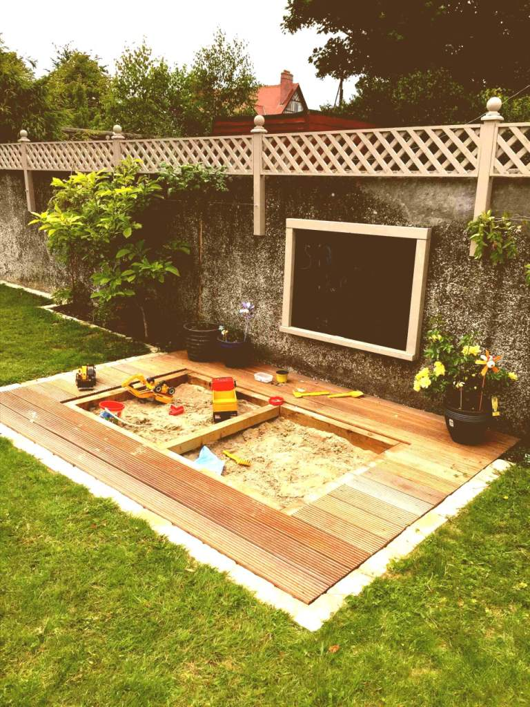 30+ Small Backyard Landscaping Ideas on A Budget ... on Budget Small Backyard Landscaping Ideas  id=68282