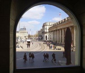 Balade historique : Bordeaux et ses Secrets @ Place Pey Berland – Statue Jacques Chaban-Delmas | Bordeaux | Nouvelle-Aquitaine | France