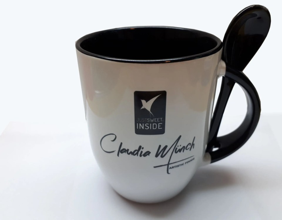 Claudia Münch cup with logo