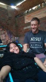 Timothée Réguigne Ostéopathe osteo benevole humanitaire au Pérou PAM Tablada de Lurin peru