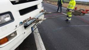Technine-pagalba-kelyje-istraukimas-transportavimas-krano-paslaugos-597-2014.12.09 (6)