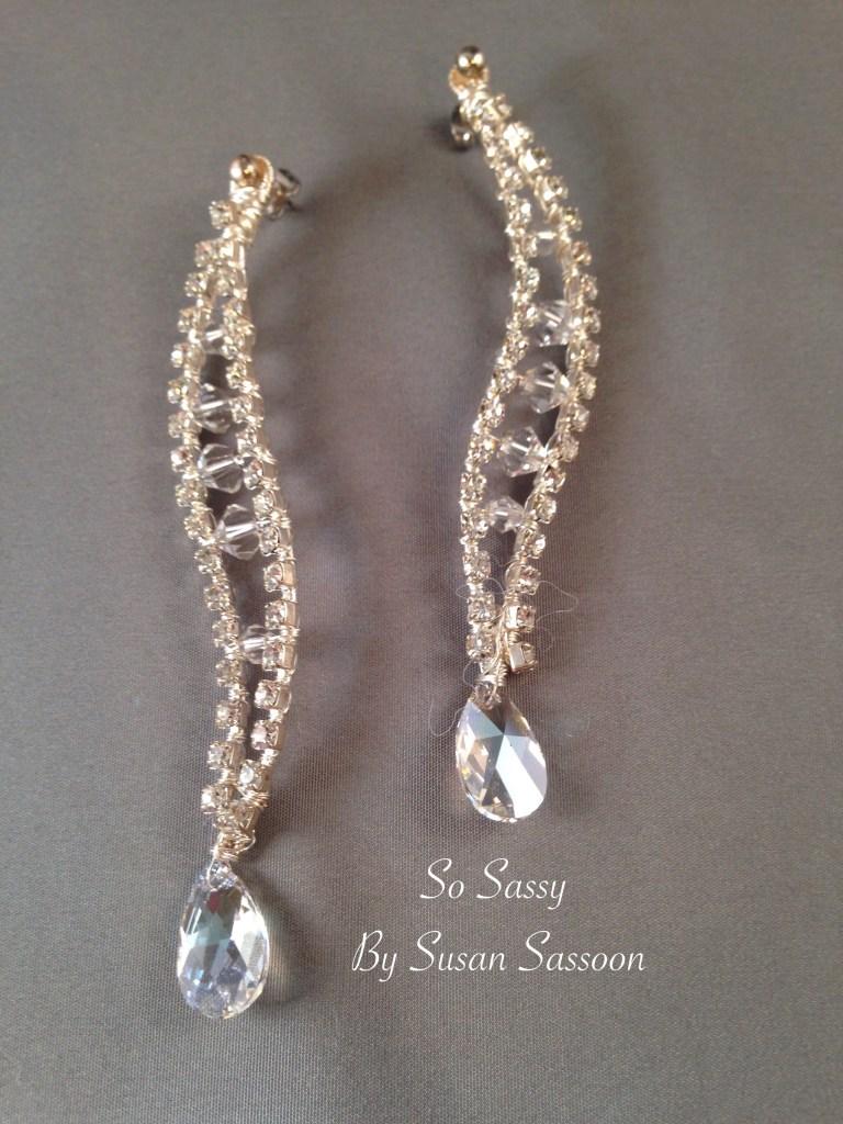Cup chain earrings