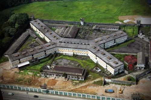 Penjara Pudu yang berbentuk X ni menyerupai Penjara Kindy Bogambia. Imej dari seram copy