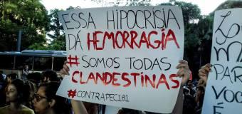 O ataque aos direitos reprodutivos das mulheres é parte do ataque à democracia no Brasil