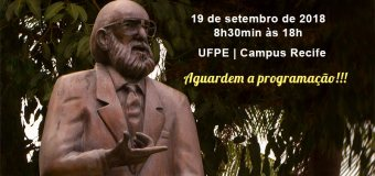 Homenagem a Paulo Freire
