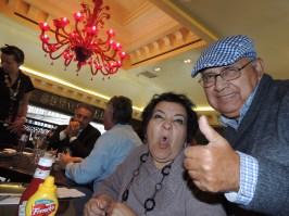 Como buenos turistas, nos divertimos en el Hard Rock Café de Venecia.