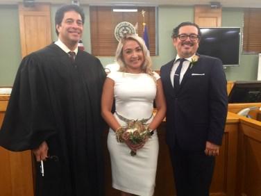 El juez resultó ser amigo de la familia.