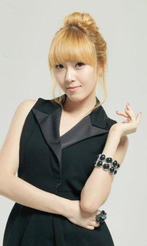 Jessica-Jung-jessica-snsd-23604220-420-700_large