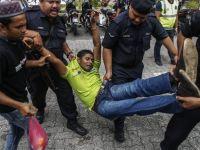Protes Warga Rohingya di Kuala Lumpur Terhadap Keganasan Kerajaan Burma