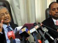 PM dan Menteri Tenaga Kerja menetapkan gaji minimum kemiskinan sebanyak Rm1100 bagi pekerja Malaysia