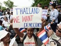 Thailand : Kebangkitan Anak Muda dan ketidakpopularan rejim junta