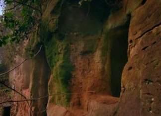 Denne karen forvandlet en grotte til en fantastisk bolig. Hadde vært noe dette?