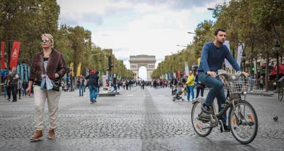 Car-less Paris