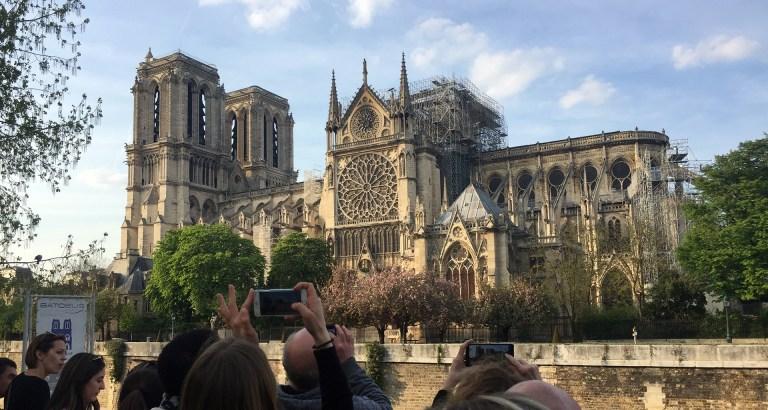 Notre_Dame_burned