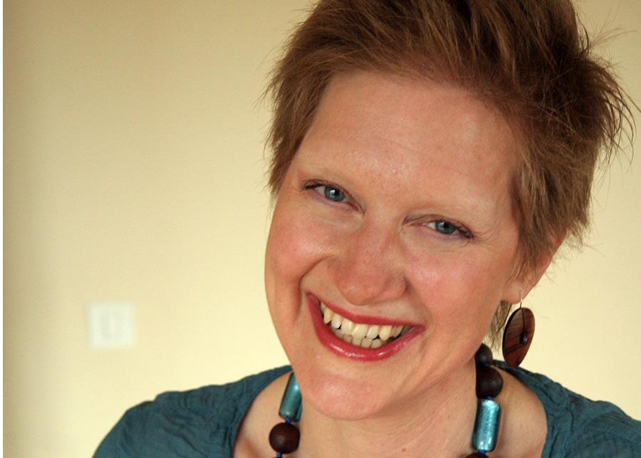Denise Dampierre smiling