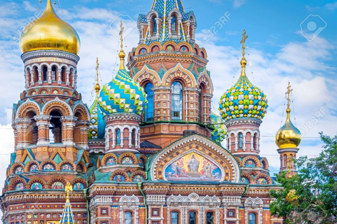 63620442-church-of-the-savior-on-spilled-blood-st-petersburg-russia