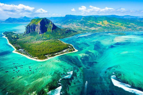 Mauritius-Island-Shutterstock