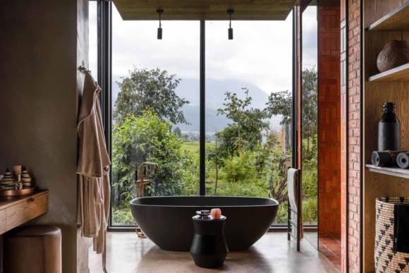 Singita-Kwitonda-Lodge-Guest-Bathroom-View