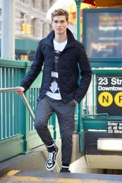 navy-puffer-jacket-white-and-black-crew-neck-t-shirt-charcoal-sweatpants-large-13888