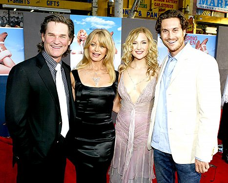 Oliver Hudson Disses Dad Bill Hudson on Father's Day