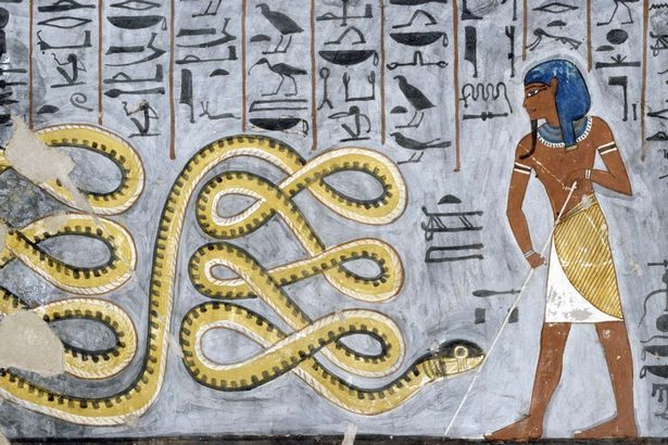 The-god-Atum-fighting-the-serpent-Apophis