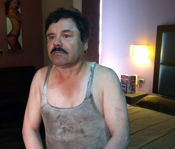 A photo released on Friday by a Mexican website, Plaza de Armas, of Mr. Guzmán, who was recaptured in Los Mochis.