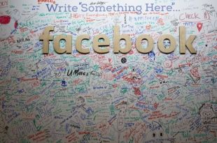 Mark Zuckerberg Reprimands Facebook staff For Erasing 'Black Lives Matter' Slogan