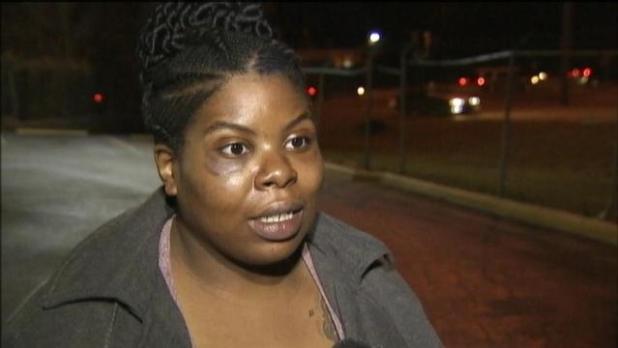 Charlotte, North Carolina: Pregnant Woman Beaten, Robbed at Bus Stop