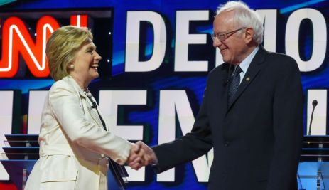 US Democratic presidential candidates Hillary Clinton (L) and Bernie Sanders shake hands before the CNN Democratic Presidential Debate at the Brooklyn Navy Yar on April 14, 2016, in New York. Hillary Clinton and Bernie Sanders take their increasingly acrimonious battle for the Democratic White House nomination to a debate stage in Brooklyn ahead of the key New York primary. / AFP / Jewel SAMAD (Photo credit should read JEWEL SAMAD/AFP/Getty Images)