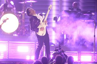 Grammys: Bruno Mars's Prince Tribute Did Prince Justice