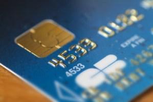 Carte Bancaire 400x268 Comment avoir une carte VISA prépayée pour les achats en ligne