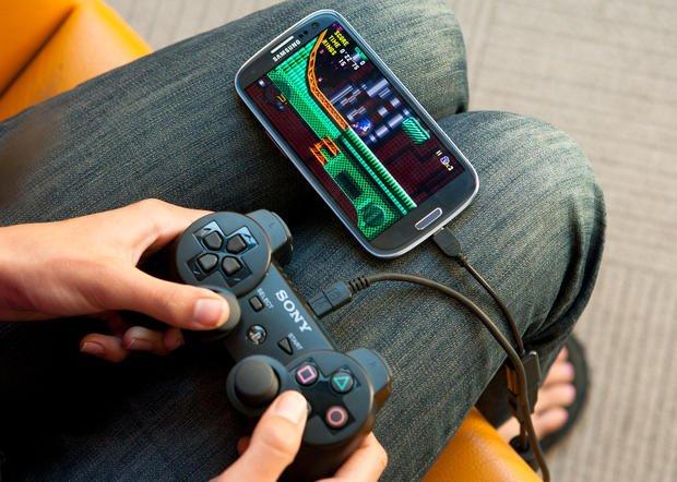 GamePad sur Android USB OTG Android : Voici le Top 10 usages du câble OTG