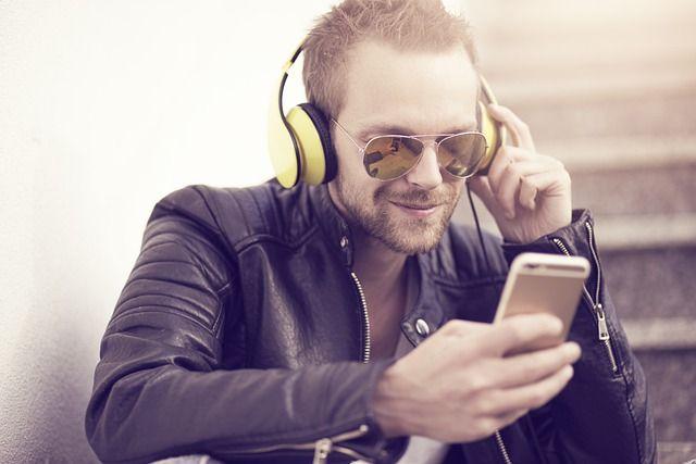 Ecouter Podcast Podcast sur les Nouvelles Technologies - Voici les Top 10 de Podcast Tech French