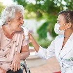 Fisioterapia é aliada no combate a doenças respiratórias em idosos