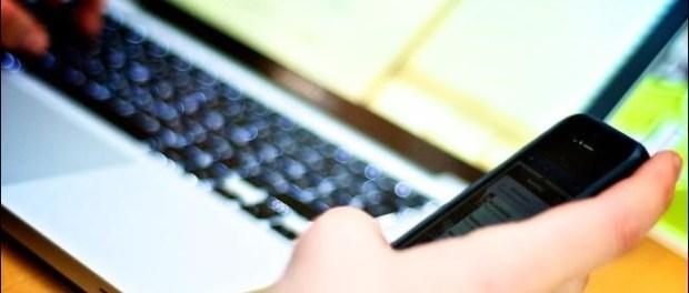 texting-at-computer