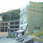 "Recommended for taking pictures of zombie movie – beach of ruins cafe in Wakayama ""Bagus (Bagus)"""